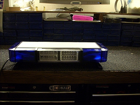 4 strobe whelen 9m mini edge with dual led heads new 4 strobe whelen 9m mini edge with dual led heads mozeypictures Choice Image